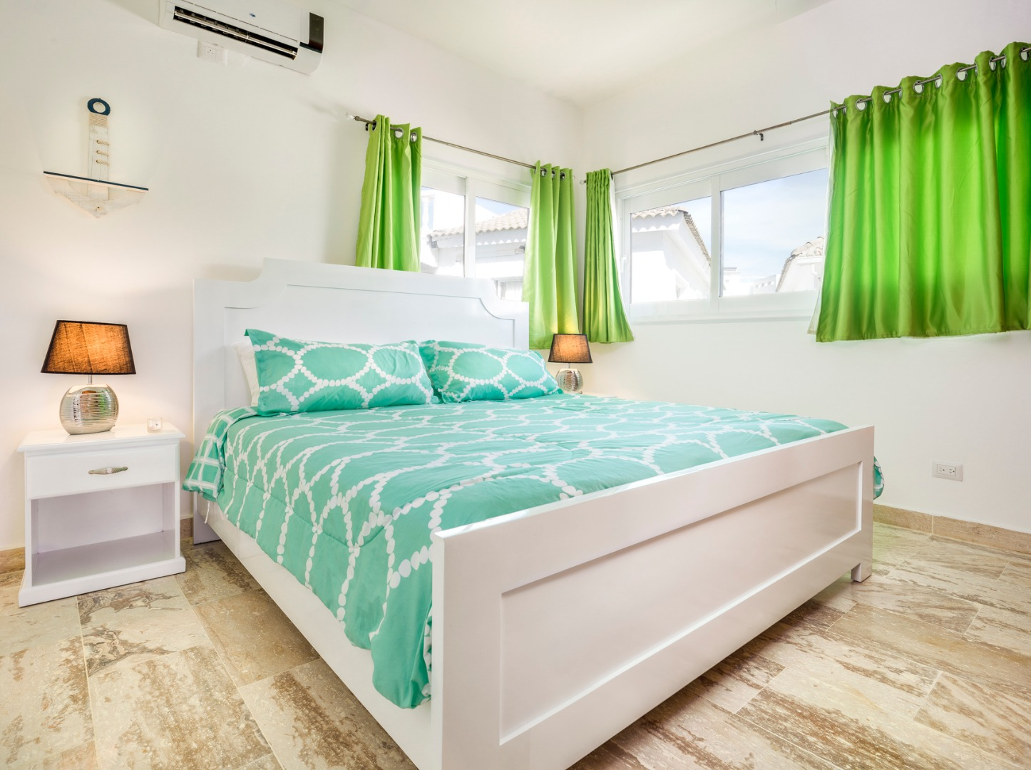 Bayrock 2 B31 Ocean Front 2x King Beds Beach Gym